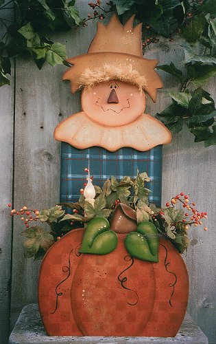 Fall halloween decor treats on pinterest scarecrows for Wood craft painting ideas